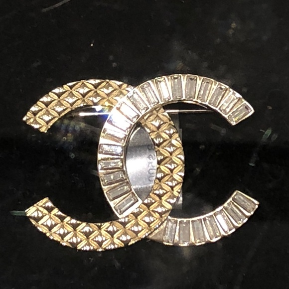 f70421485 CHANEL Jewelry | Authentic Gold And Strass Brooch Sz Large | Poshmark